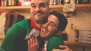 Romain et Teddy, aux anges après avoir signé ce beau contrat de sponsoring.